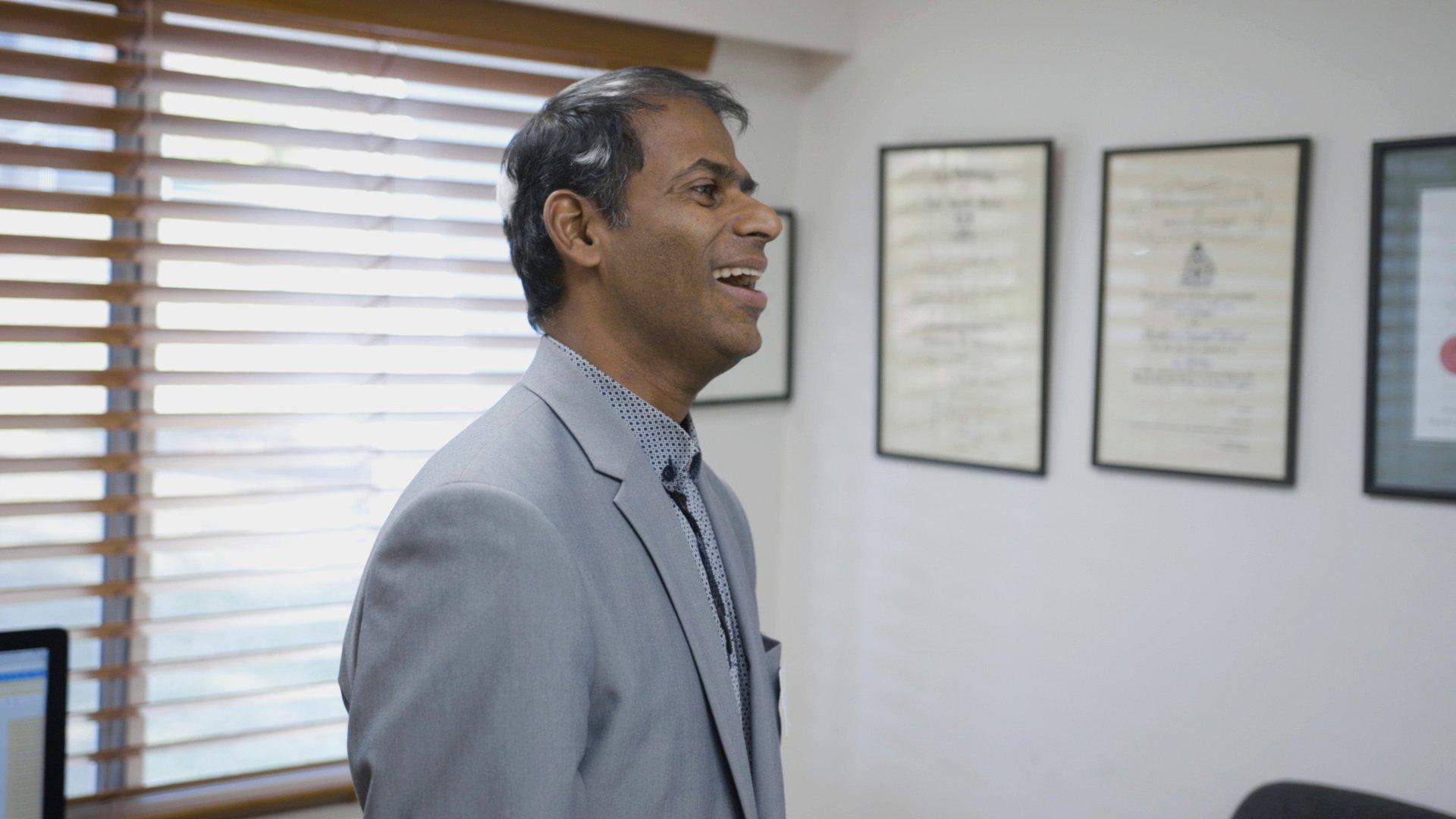 Dr.Sudhahar.Still004