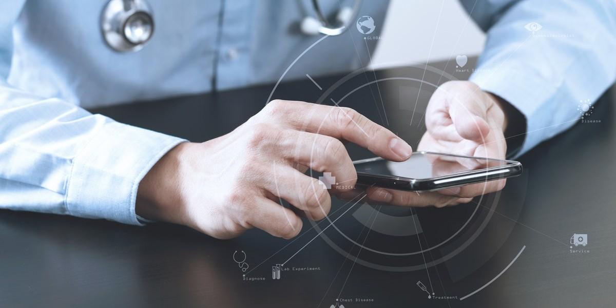 health-app-on-phone